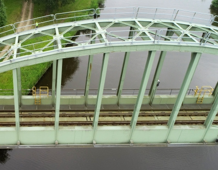 aeret brug inspectie drone kunstwerk bovenkant