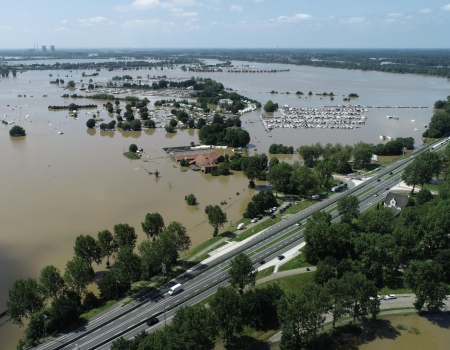 aeret photo2gis hoog water extreem waterstand drone incident 2021